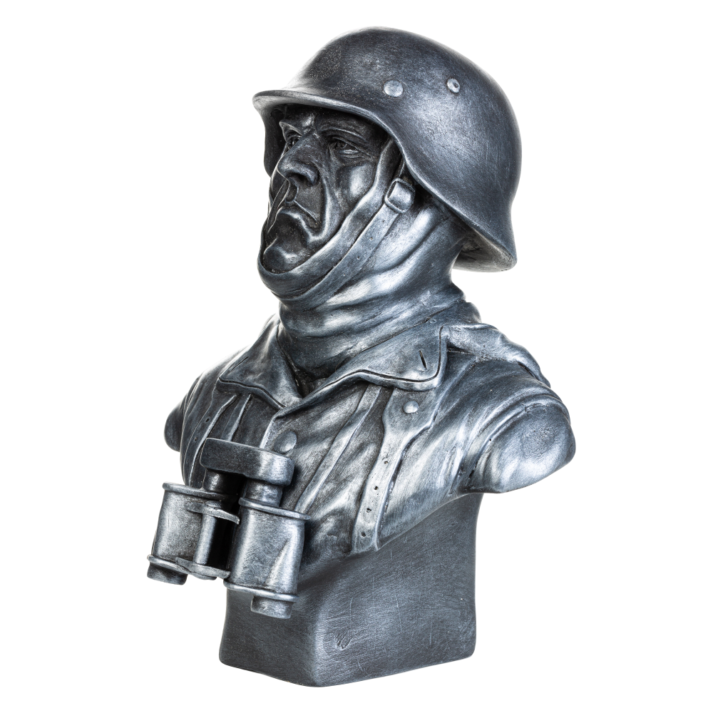 Бюст немецкого солдата №24