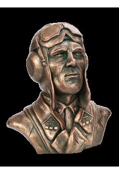 Бюст советского лётчика №7