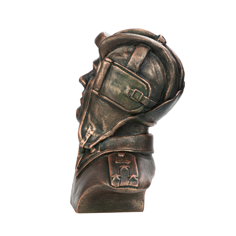 Бюст советского танкиста №6